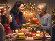 How to Help Loved Ones With Alzheimer's Get the Most Out of the Holidays